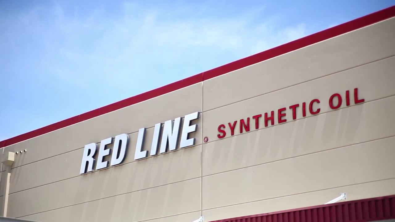 Red Line Synthetic Oil - Highlight Promo - V4 original.mp4_000000564.jpg